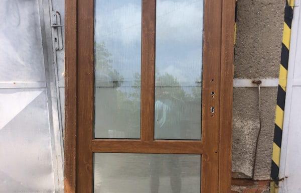 Vchodové dvere zlatý dub/bílá