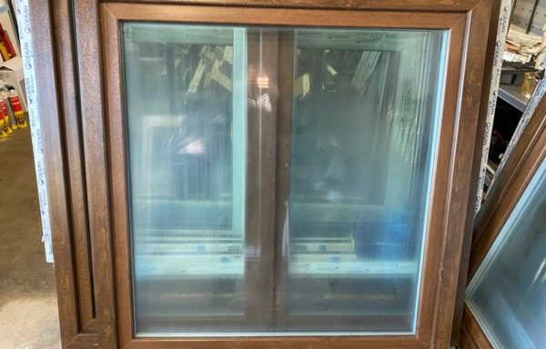 Okno Ořech/bílá 3-sklo 1250 x 1300 2ks